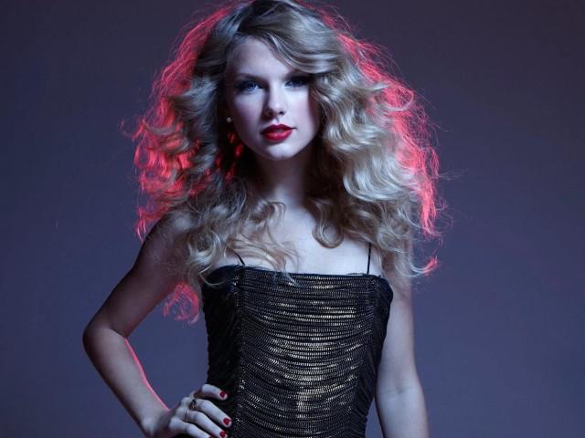 Celebrity Taylor Swift 壁紙画像