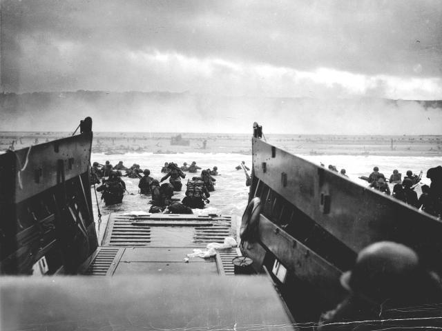 World War 壁紙画像