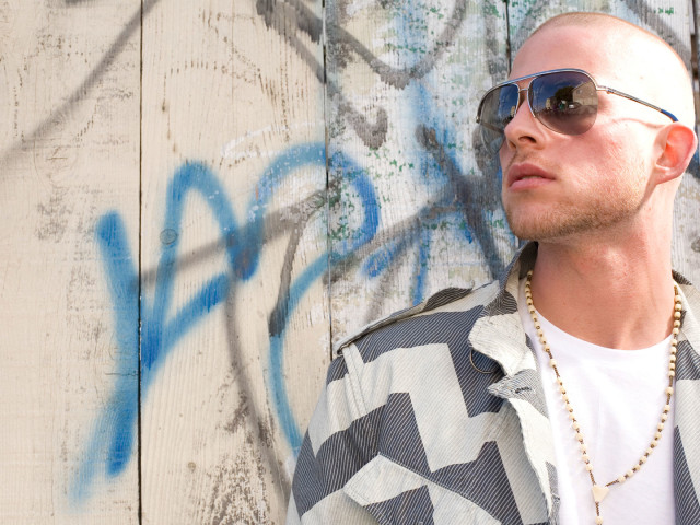 Collie Buddz 壁紙画像
