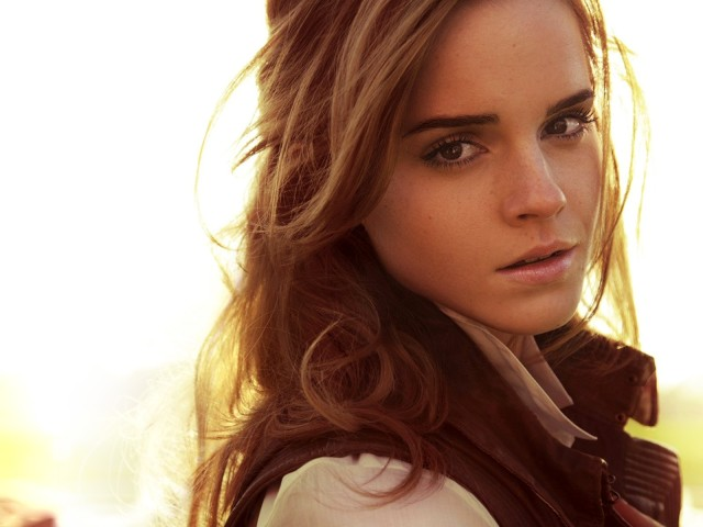 Emma Watson Closeup 壁紙画像