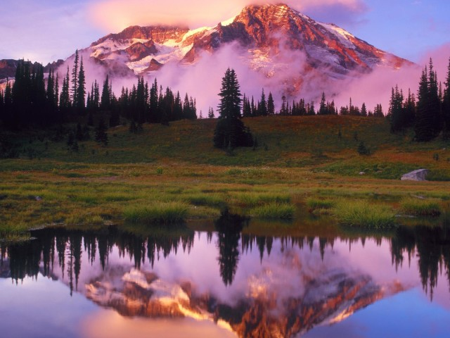 Pink Mountain Ranges 壁紙画像