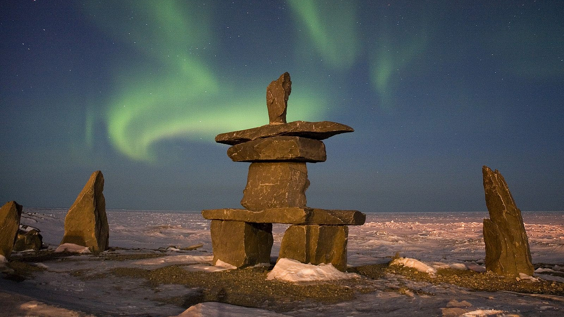 essays on aurora borealis Essay the northern lights are poetry essay/term paper: the northern lights essay, term paper, research paper: science of particles hit the upper atmosphere in what is called an aurora sub-storm rays of light shoot down from space.