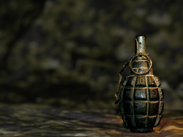 Hand Grenade 壁紙画像
