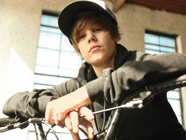 Justin Bieber 壁紙画像