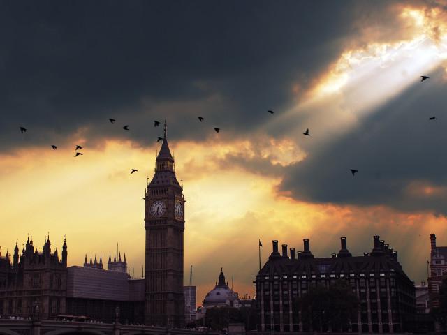 Morning In London 壁紙画像