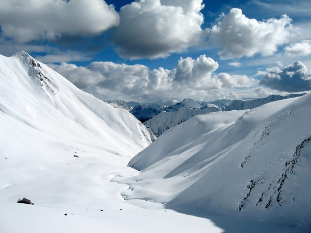 Snowy Alps 壁紙画像
