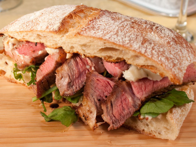 Steak Sandwich 壁紙画像