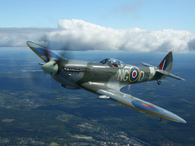 Supermarine Spitfire Mk 9 壁紙画像