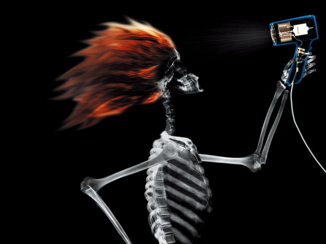 X Ray Skeleton Hair Drying 壁紙画像