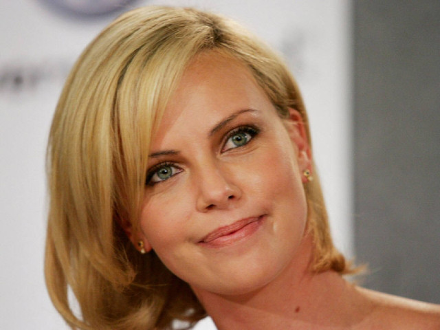 Charlize Theron 52 壁紙画像